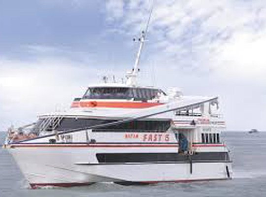 Batam fast - popular fast ferry operator in Asia photo 4